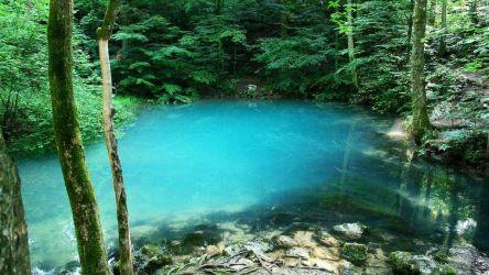 10. Lacul Albastru Romania